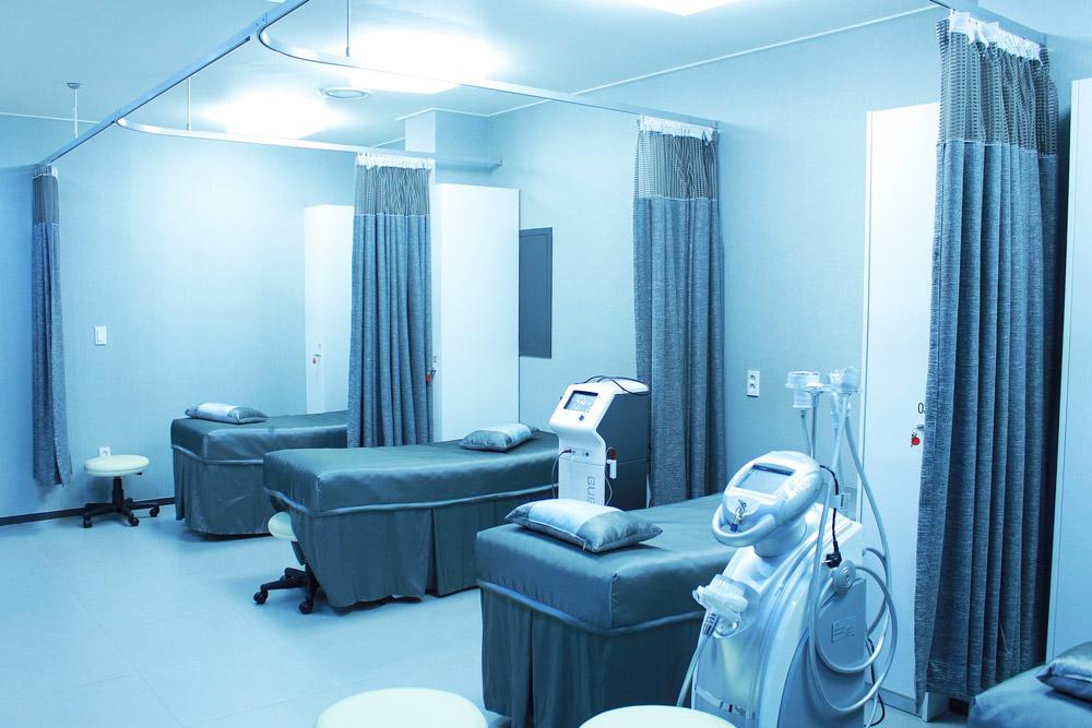 centre médical avec appareils connectés